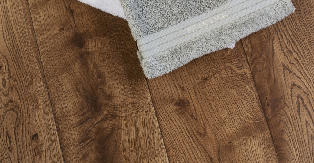 rustic-grade-16mm-engineered-oak-flooring-towel