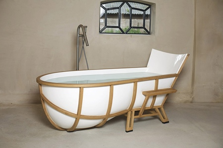 Oak Bathtub