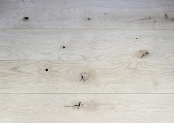 barn-grade-solid-oak-flooring-boards