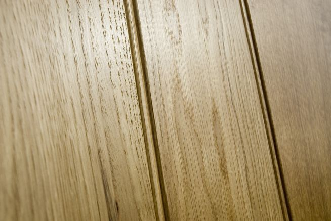 4 Ledge Solid Oak Doors Bead Detail