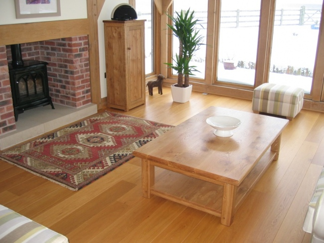Premier / 1-bis Engineered Oak Flooring - Henwrst Smithy