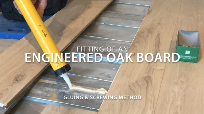 fitting-of-an-engineered-oak-board-title