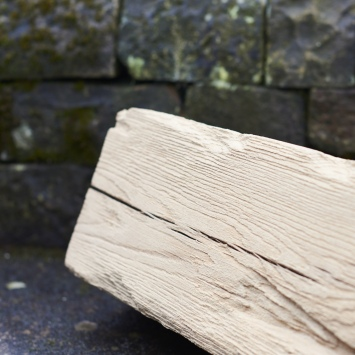 aged-distressed-oak-beam-close-up