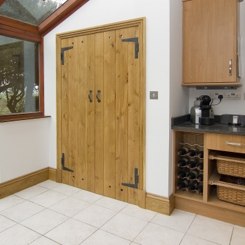 Oak Door Kitchen 1