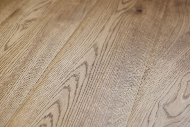 medieval-engineered-oak-flooring-close-up