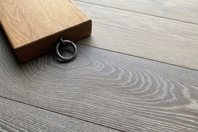 lauren-engineered-oak-flooring-door-stop