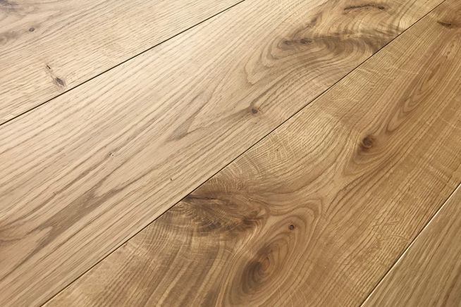 prefinished-rustic-grade-16mm-engineered-oak-flooring-angled