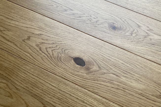 sophia-engineered-oak-flooring-angled