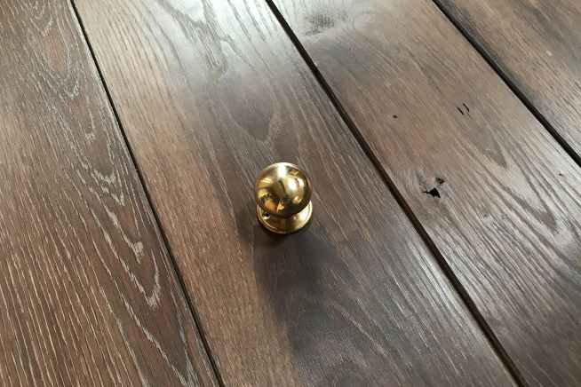 cottage-knob-polished-brass-overhead-angle