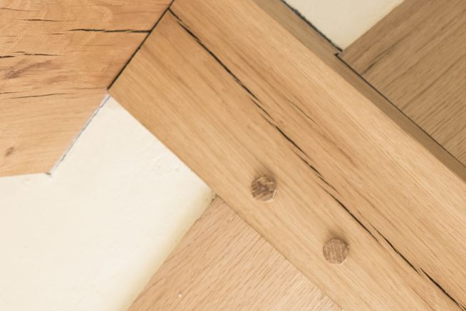 oak-dowel-beam