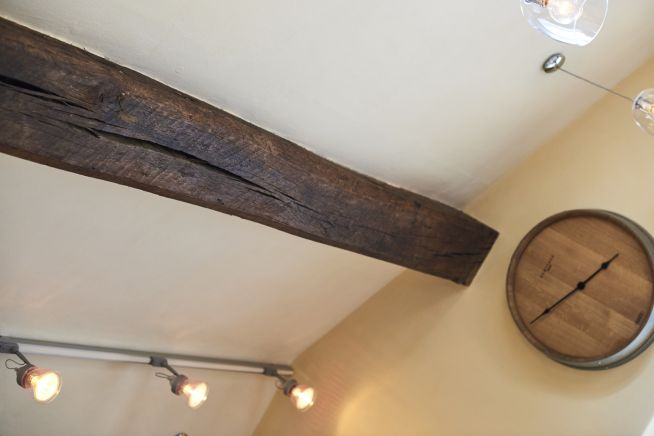 reclaimed-solid-oak-beam-clock