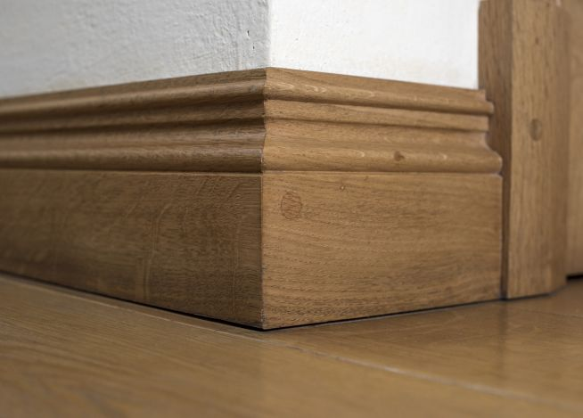 derbyshiresolidoakskirting3