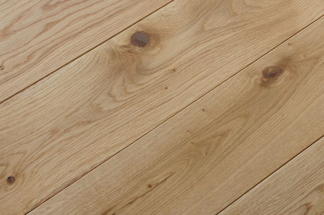 prefinished-character-grade-solid-oak-flooring-angled